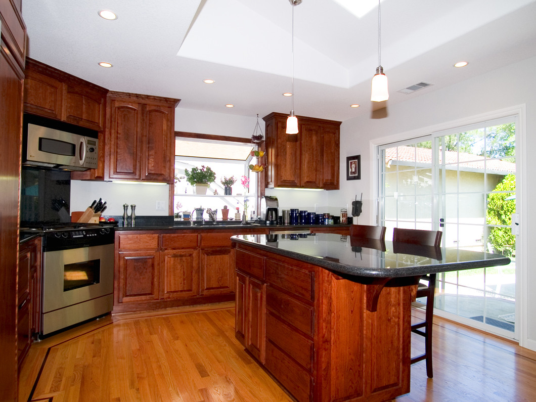 Residential Remodeling Renovation Contractor Comer Construction - Bathroom remodeling butler pa